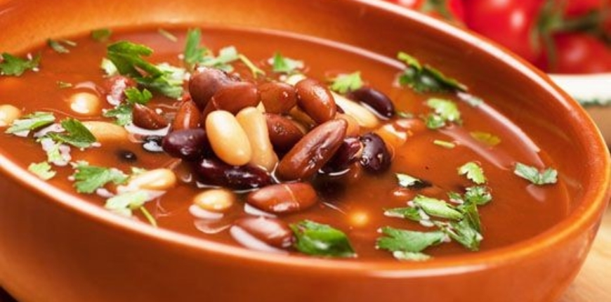 CHILLY BEAN SOUP (SERVES 2)